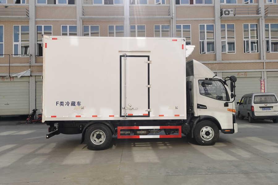 江淮骏铃V6国六4.2米冷藏车正侧