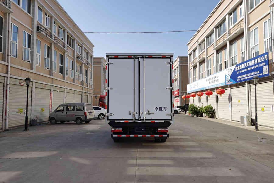 江淮骏铃V6国六4.2米冷藏车正后