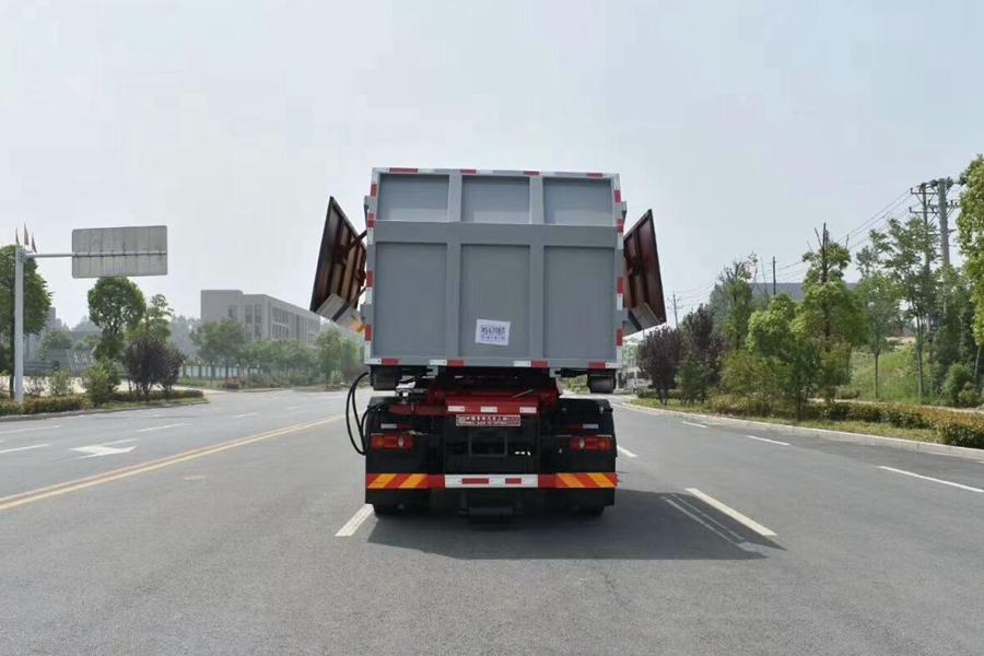 福建东风天锦勾臂12立方垃圾车正后