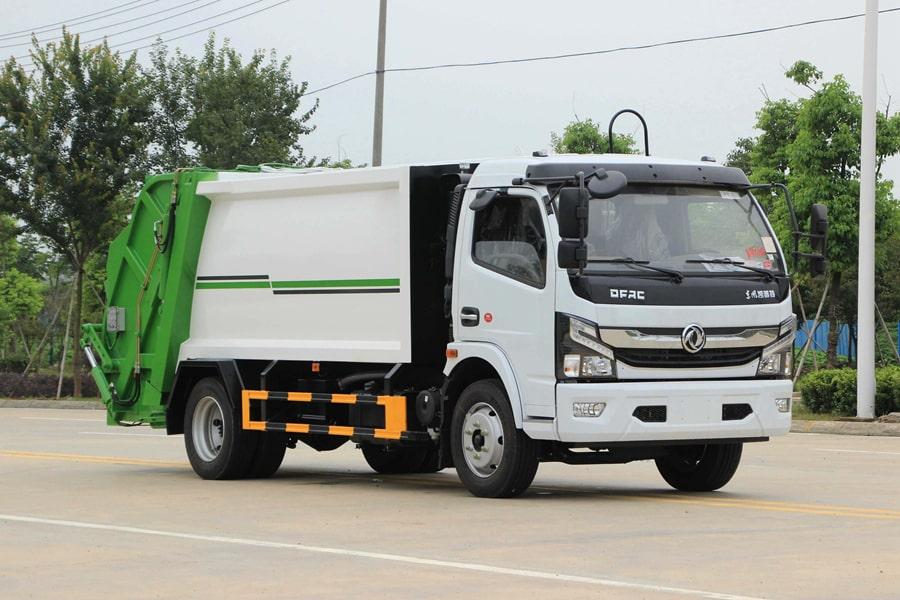 东风5吨压缩式垃圾车图片4