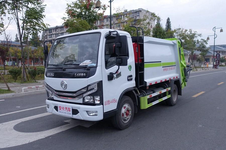 东风多利卡蓝牌压缩式垃圾车图片1
