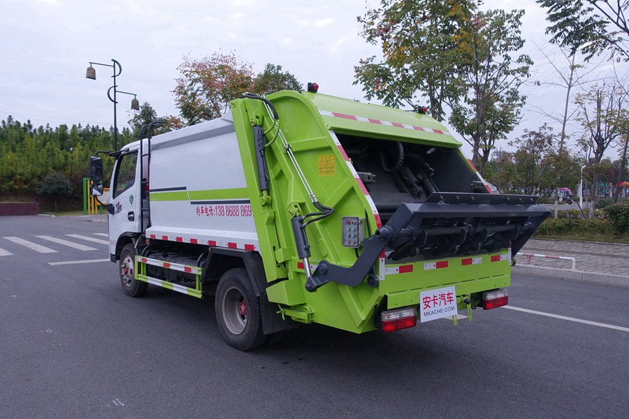 东风多利卡蓝牌压缩式垃圾车图片2