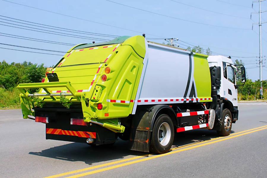 东风天锦18吨压缩式垃圾车图片3