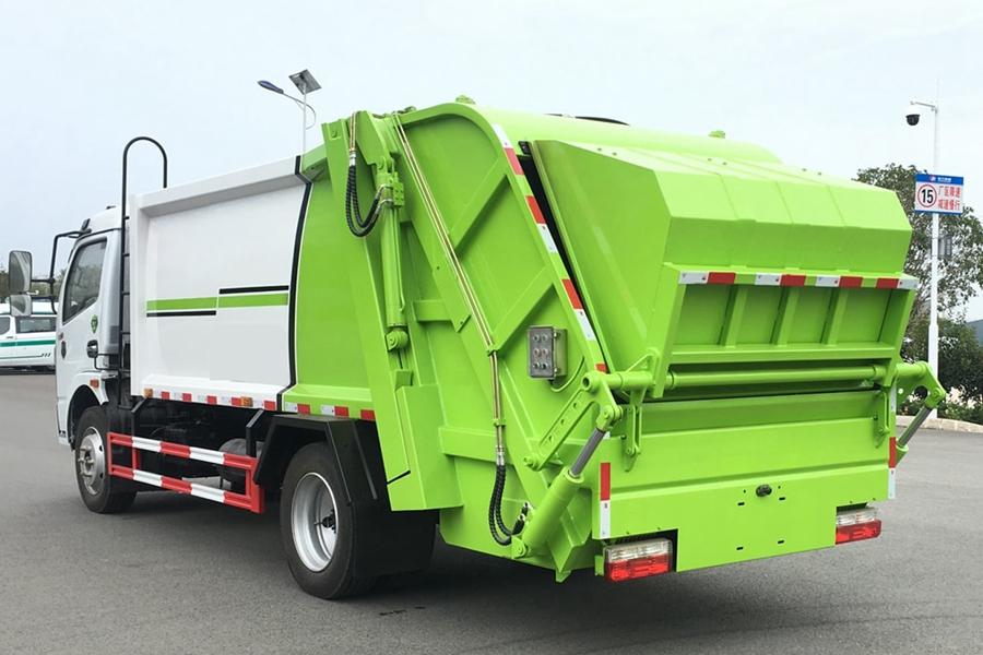 东风8方压缩垃圾车图片2