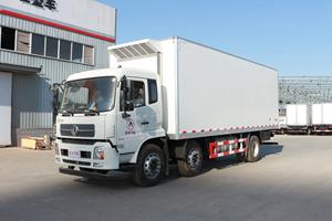 东风天锦小三轴9.6米冷藏车