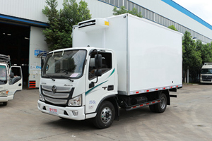 福田欧马可宽体4.2米141马力冷藏车