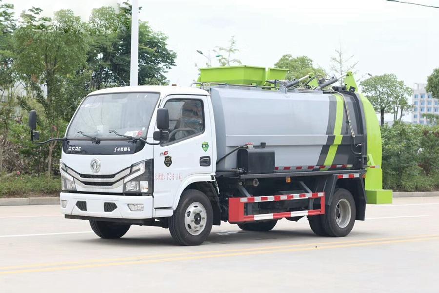 贵州东风多利卡D6 4.5立方餐厨垃圾车
