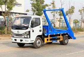 东风小多利卡D6 4立方摆臂式垃圾车