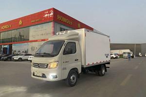 3.2米福田祥菱M1小型厢式汽油冷藏车