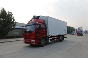 6.8米解放J6L240马力高顶双卧冷藏车价格|厂家