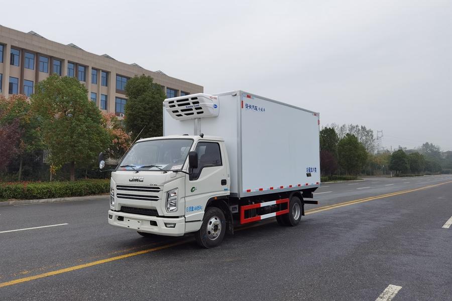 蓝牌轻卡冷藏车4.2米江铃顺达宽体冷藏车价格