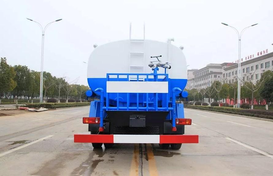 东风专底新款15吨洒水车整车图片E