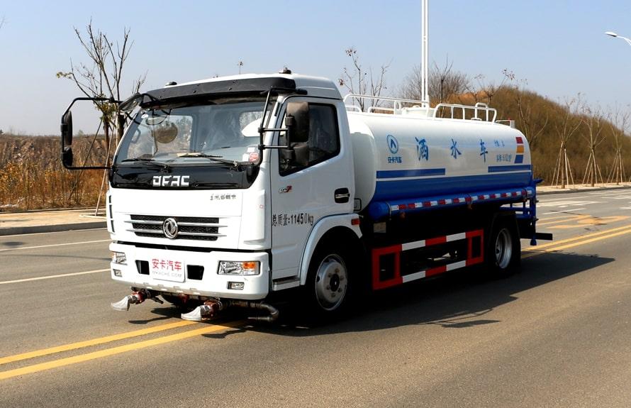 东风8吨洒水车整车图片A