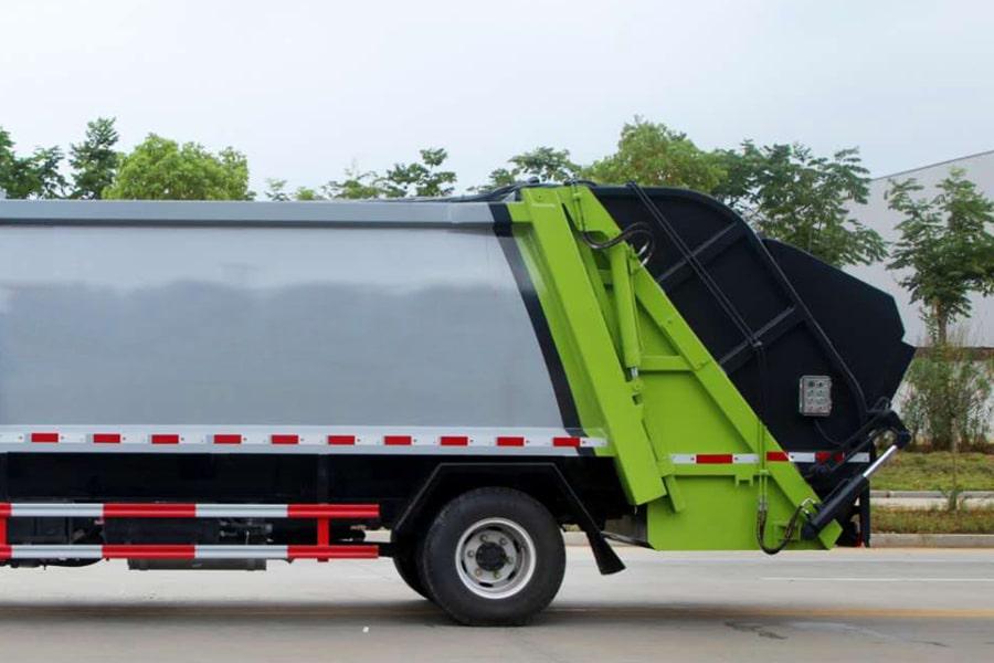 东风5吨压缩式垃圾车上装图片