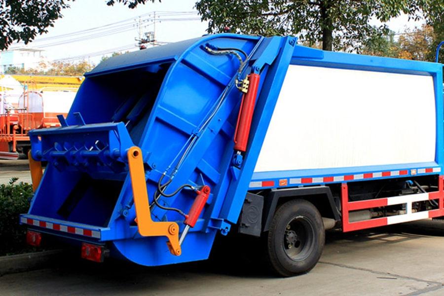 江铃6方压缩式垃圾车上装右后侧图片