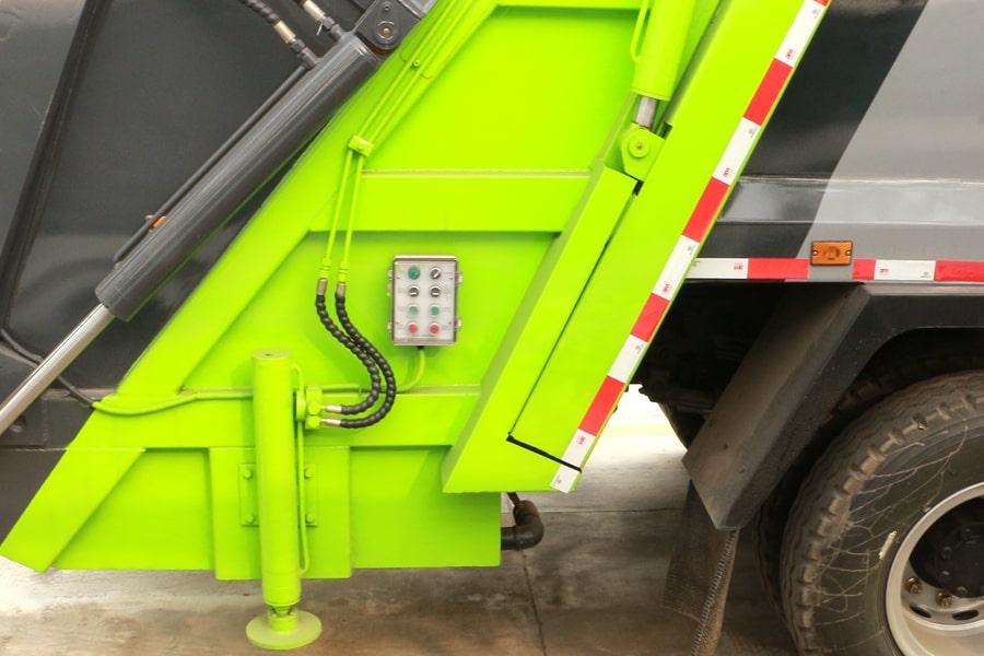 大运8吨压缩垃圾车上装图片