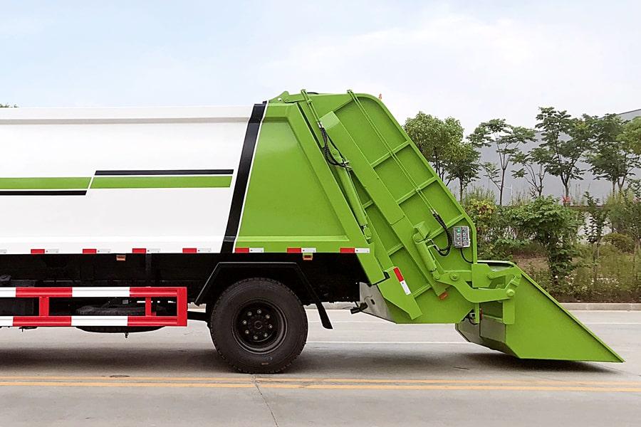 东风8吨压缩垃圾车上装箱体图片