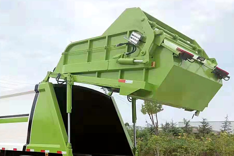 东风8吨压缩垃圾车上装后箱盖图片