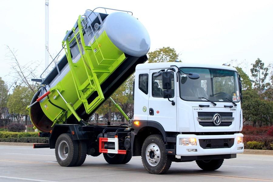 东风D9餐厨式垃圾车(车头向右前45度)