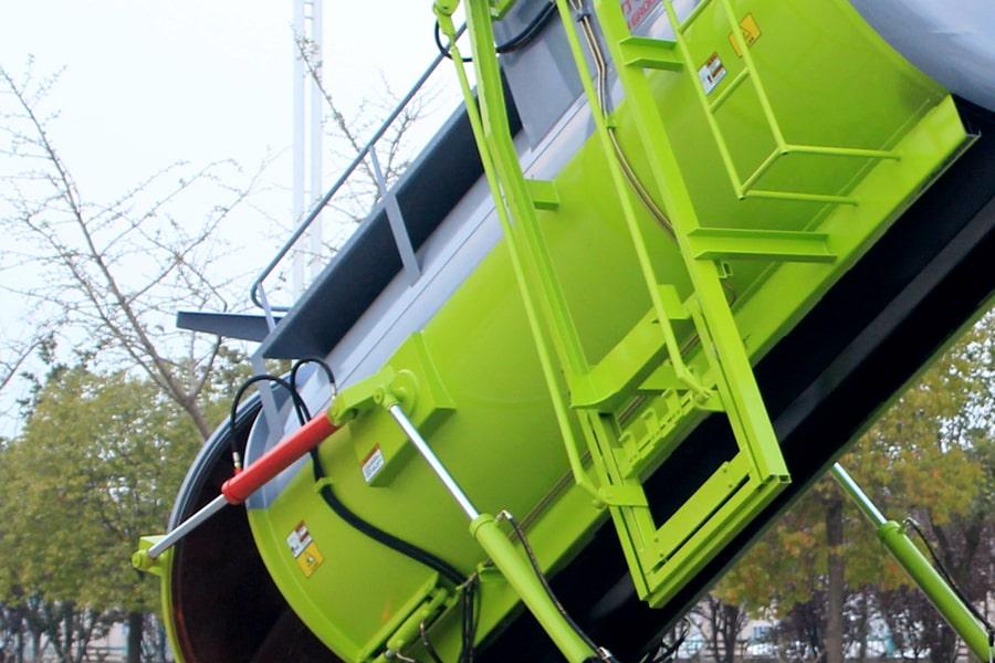 东风D9餐厨式垃圾车(上装箱体图片)