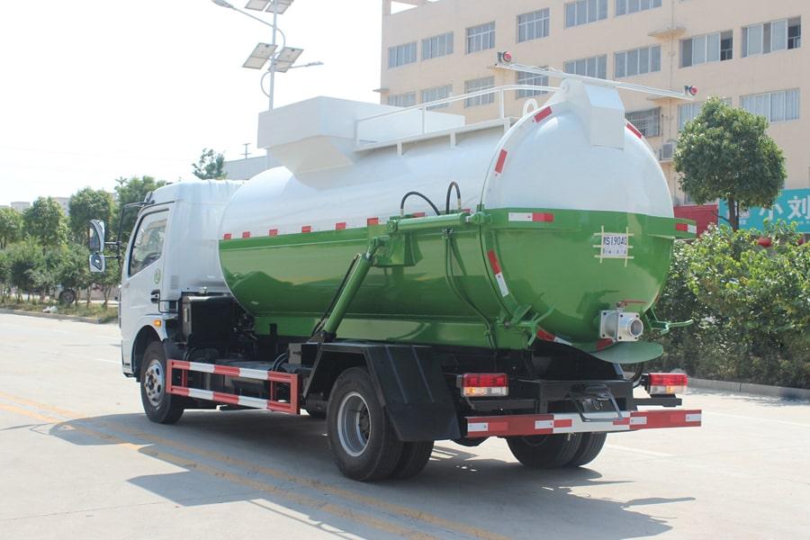东风D7餐厨式垃圾车(左后侧图片)