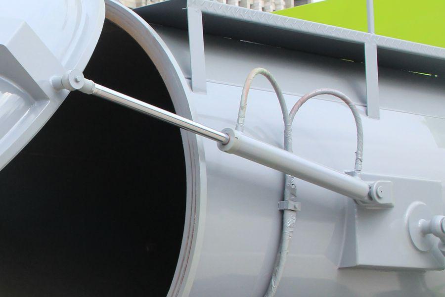 东风D7餐厨式垃圾车(后部箱体图片)