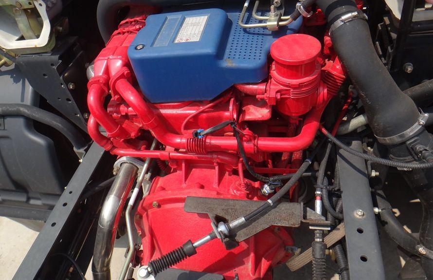 东风D7底盘(发动机图片)