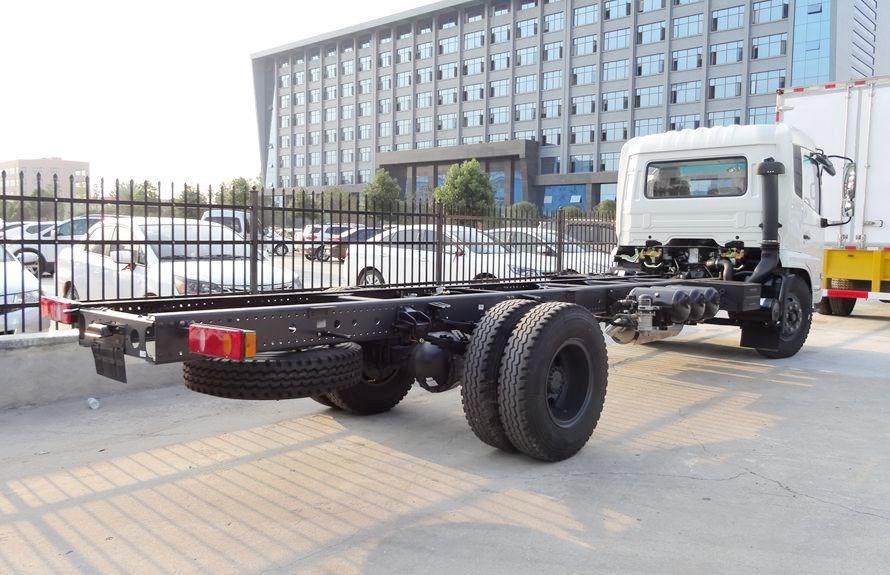国六东风天锦分捡垃圾运输车底盘右后侧图片