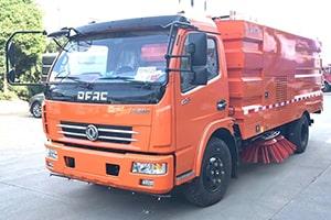 东风5吨道路清扫车价格_图片_配置_视频大全