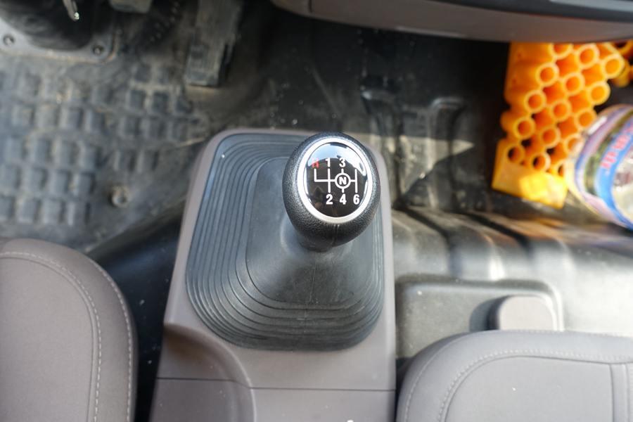 欧马可5.1/5.6/6米冷藏车6档变速箱图片