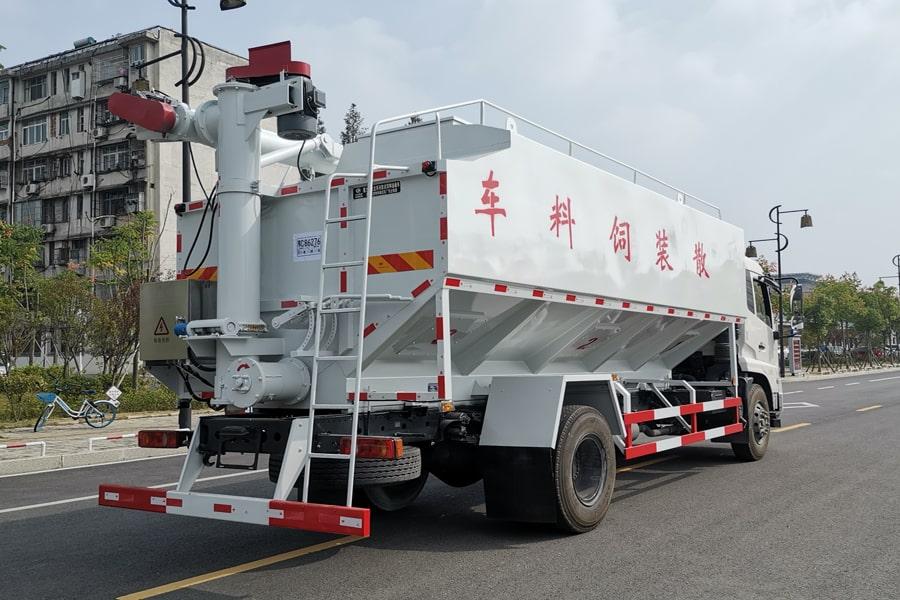 东风10吨散装饲料车右后45°视角