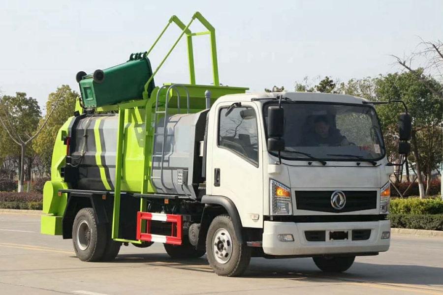 东风8吨餐厨垃圾车右前侧图片