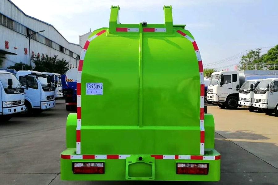 国六5吨餐厨垃圾车上装图片2