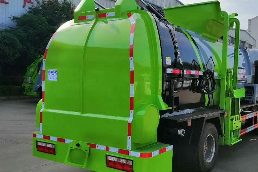 国六5吨餐厨垃圾车上装图片3