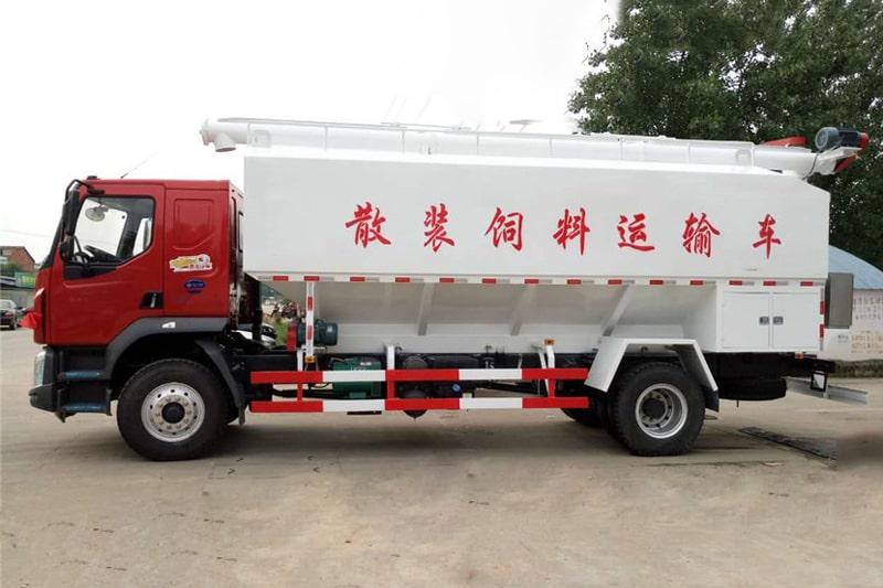 柳汽乘龙15吨散装饲料车左侧视角