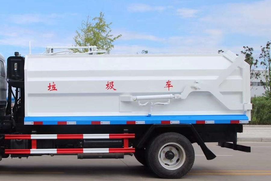 东风3吨对接式垃圾车上装左侧箱体图片