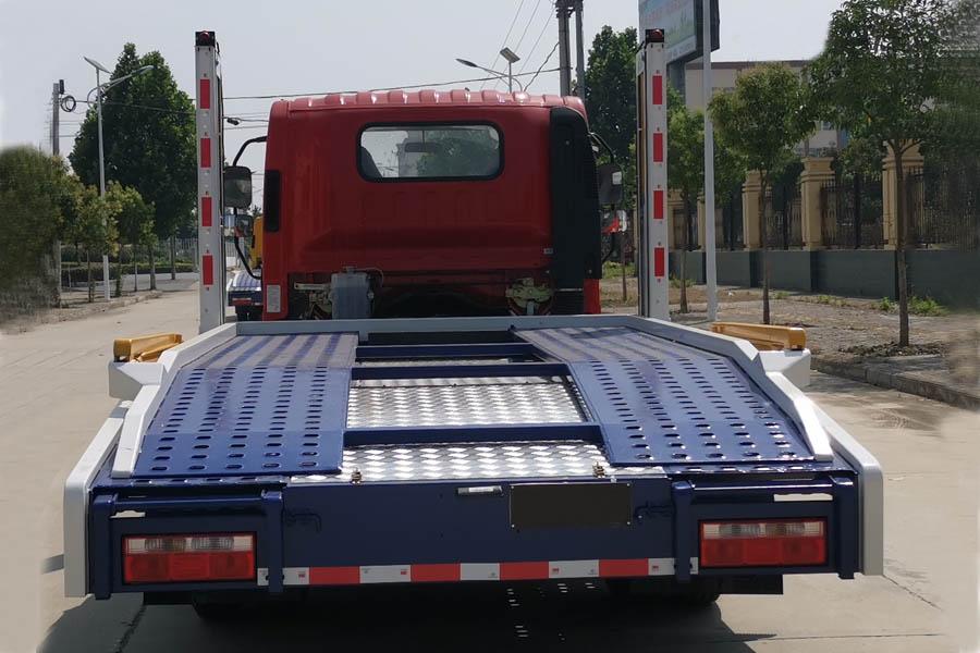 解放虎V二位板轿运车正后图片