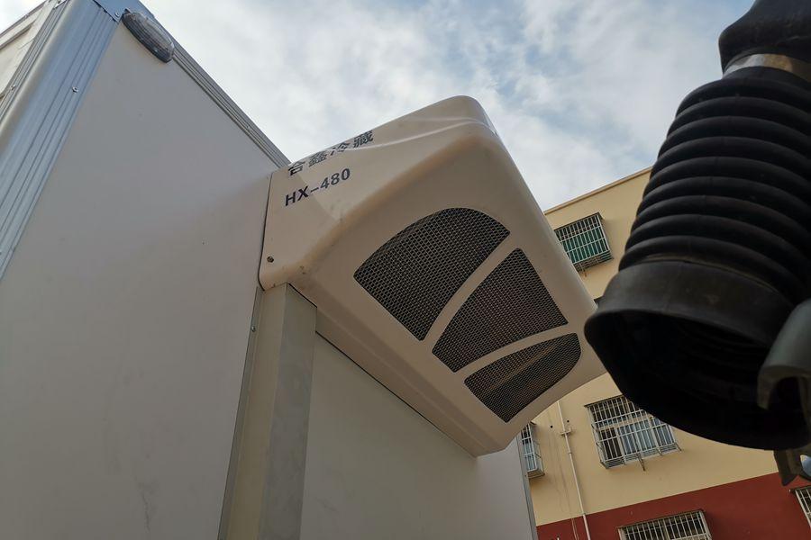 福田欧马可S3排半3.7米国六冷藏车蒸发器图片