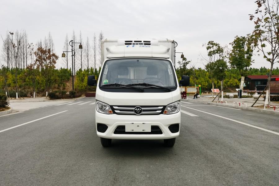 福田祥铃M1-3.2米冷藏车正前图片