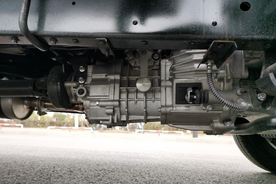 福田祥铃M1-3.2米冷藏车变速箱图片