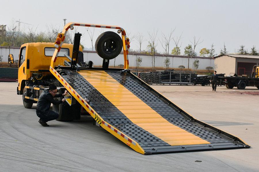 江铃凯锐5.6米平板清障车平板图片