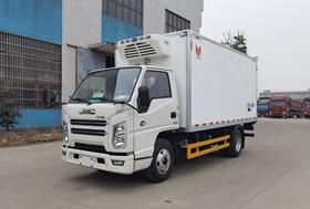 江铃4.2米小型冷藏车