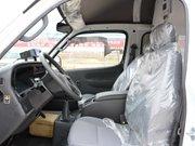 金杯海狮冷藏车驾驶室