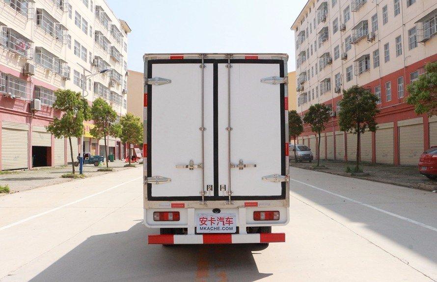 长安星卡2.7米冷藏车正后图片