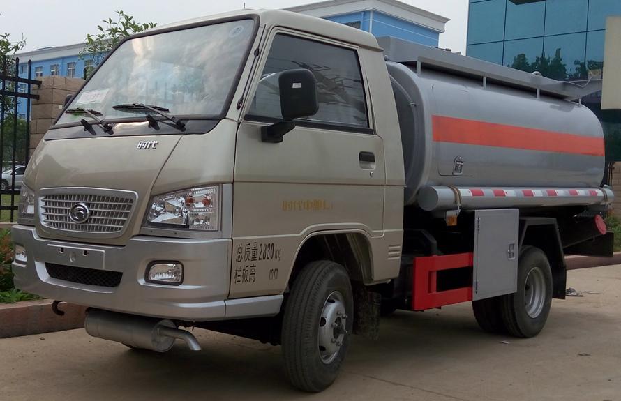 福田2吨油罐车左侧图片