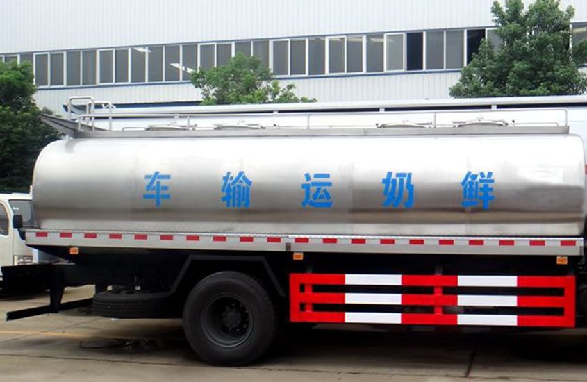 东风天锦鲜奶运输车奶罐图片一
