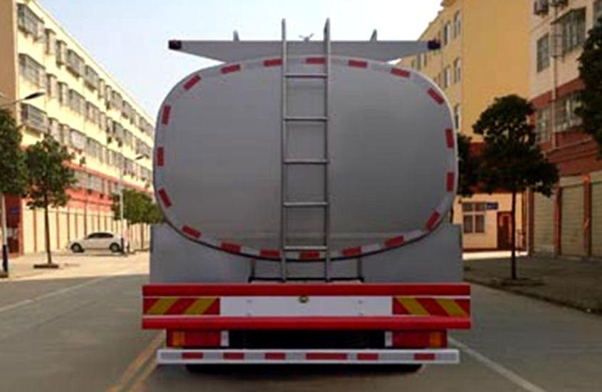 东风天龙鲜奶运输车奶罐图片