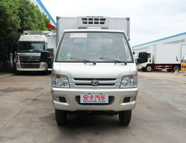 福田驭菱2.9米冷藏车正前图片