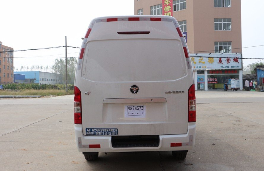 福田G7面包冷藏车正后图片