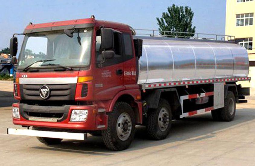 欧曼小三轴鲜奶运输车图片一
